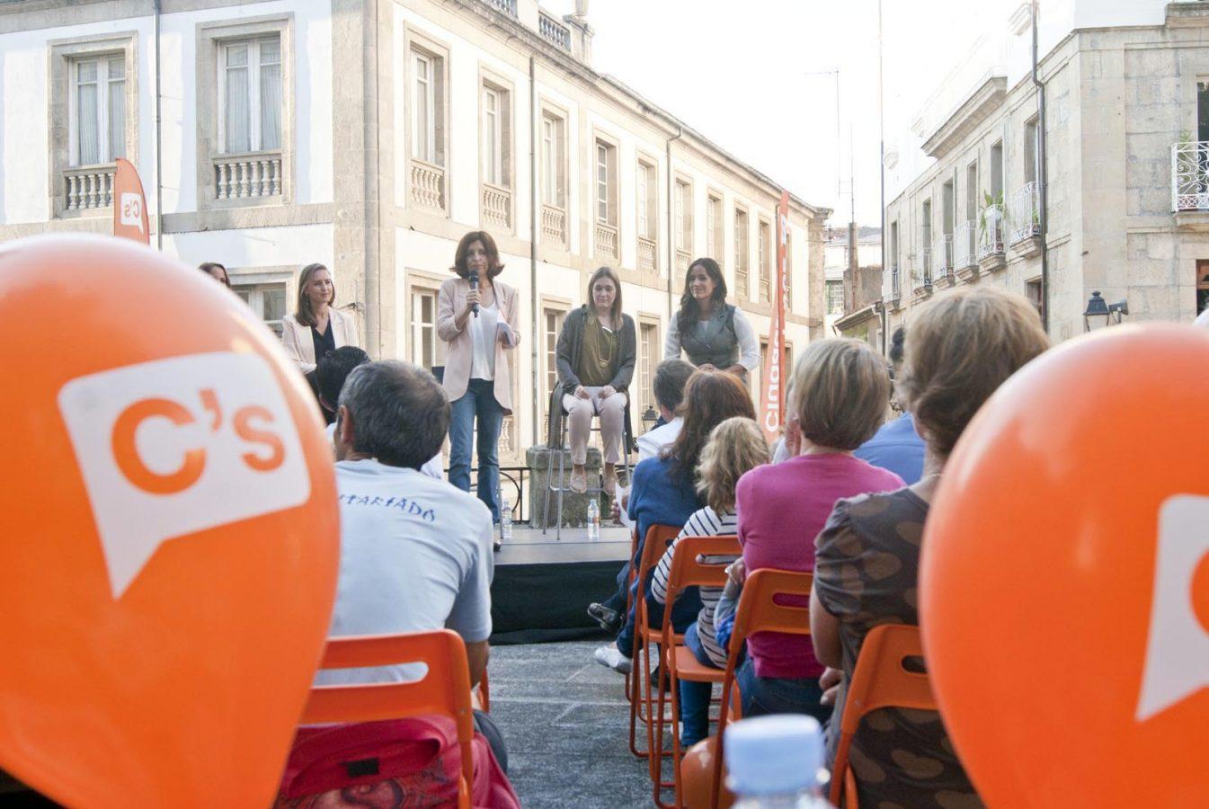 Un momento do evento no que interviña a candidata de Ciudadanos á Xunta, Cristina Losada.