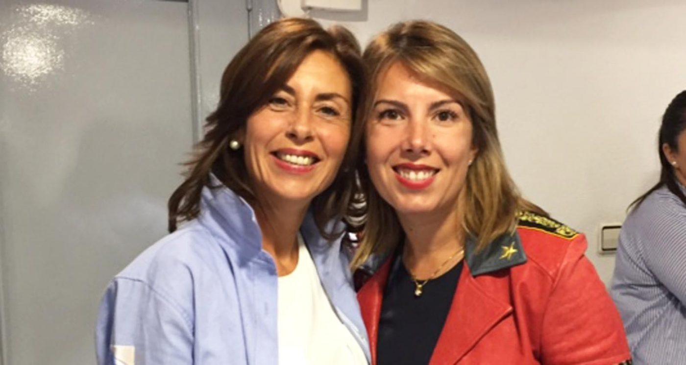 A cabeza de lista do PP por Ourense, Marisol Díaz, xunto a María José Caldelas, na sede do PP de Ourense tras coñecerse os resultados dos comicios./ Foto: Carlos G. Hervella.