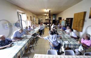Photo of Xuntanza de antigos alumnos das Ermitas no santuario