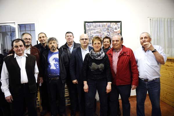 Manuel Corzo, á dereita, cos membros do seu equipo.