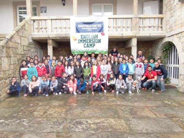 Photo of 60 alumnos do colexio Divina Pastora do Barco viaxan a Dublín