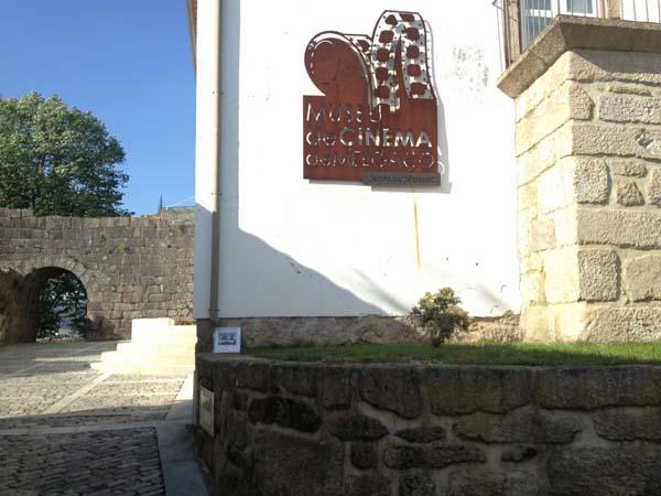 Photo of O Museo Etnolóxico de Ribadavia festexa o Día do Libro liberando libros