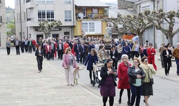 Photo of Arrancan as festas patronais de Vilamartín coa procesión de San Jorge