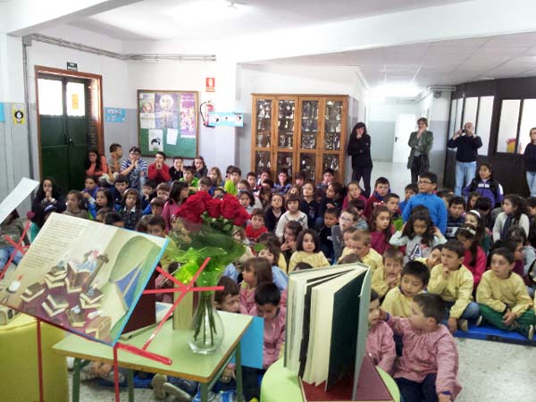 Photo of Debuxos e lecturas no CEIP Bibei de Viana polo Día do Libro