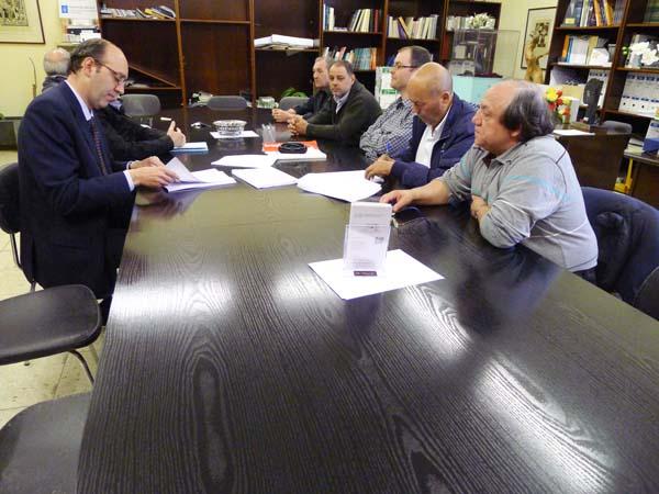 Photo of UGT e empresarios asinan o convenio da lousa