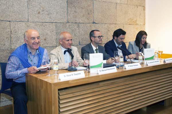 """Photo of O ourensán Manuel Mandianes presenta """"Viaxe sen retorno"""""""