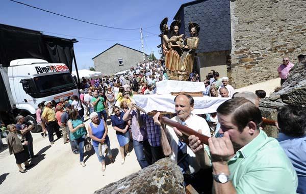 Photo of Multitudinaria romaría do Pai Eterno en Lardeira