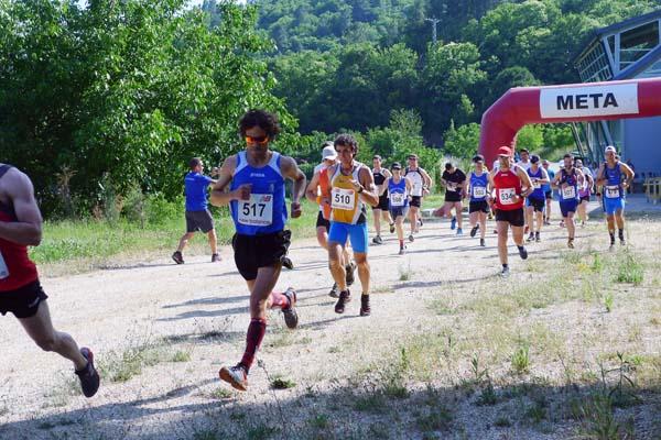 Photo of Uns 35 corredores no I Trotadas Trail Xagoaza