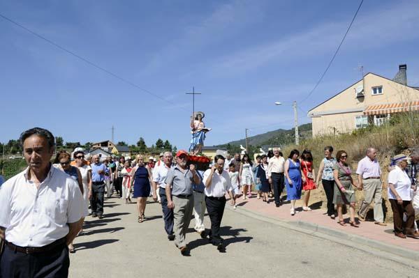 Procesión no Xeadre (Rubiá)./ Foto: Carlos G. Hervella.