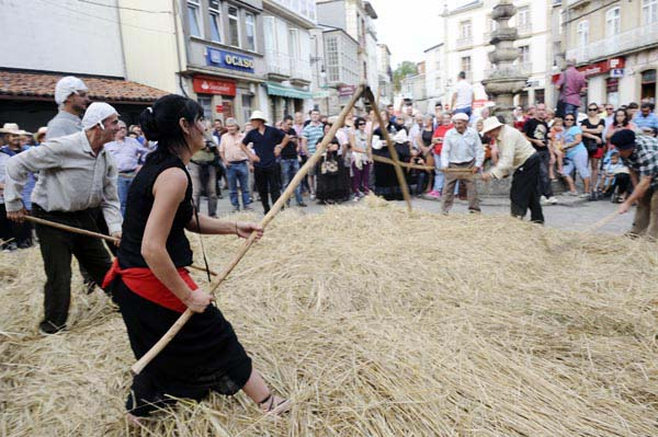 Photo of Recreación da malla tradicional en Viana