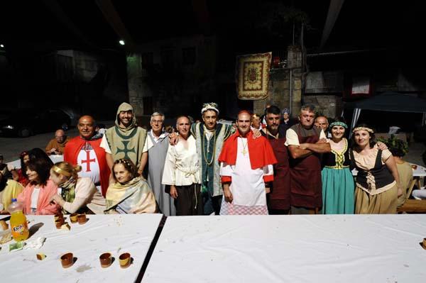 Photo of O público ríndese ante a Festa Medieval de Sobrado