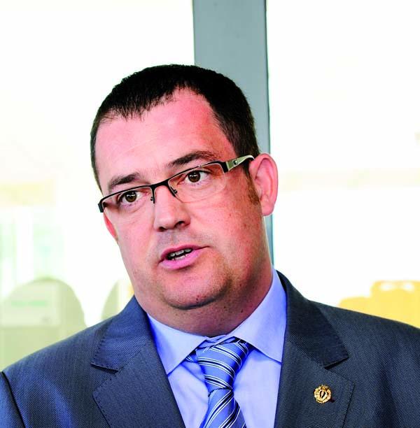 Photo of Barbosa deixa a presidencia da Cámara de Comercio de Ourense