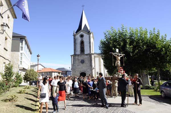 Photo of Das procesións aos concertos, en Trives