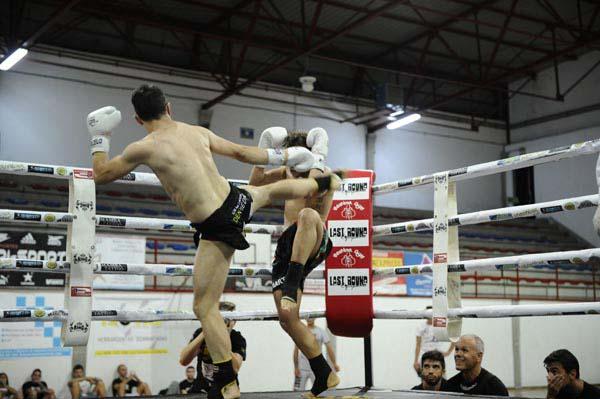 Photo of II Velada de kick boxing e boxeo no Barco