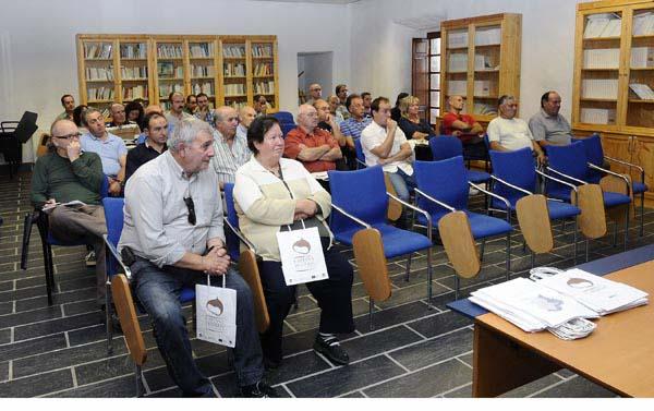 Asistentes á xornada na Casa Grande de Viloira (O Barco)./ Foto: Carlos G. Hervella.