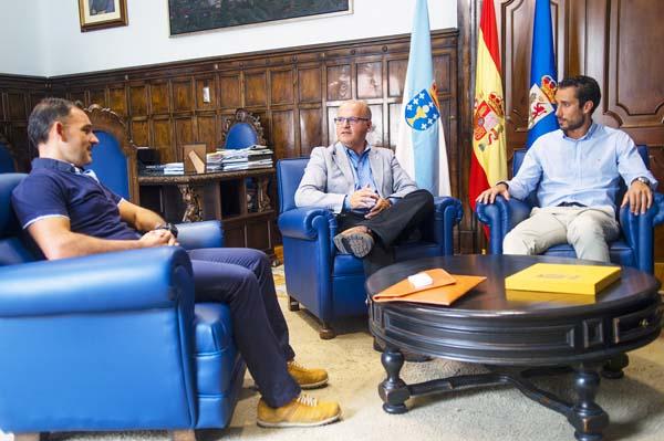 Photo of O Círculo de Xóvenes Empresarios de Ourense reúne con Baltar