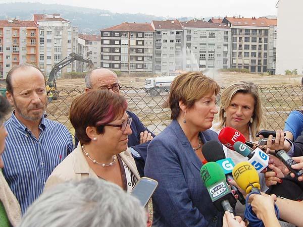 Photo of A conselleira de Sanidade visita as obras de ampliación do CHUO