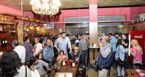 Reapertura do café-bar Luna's na Rúa