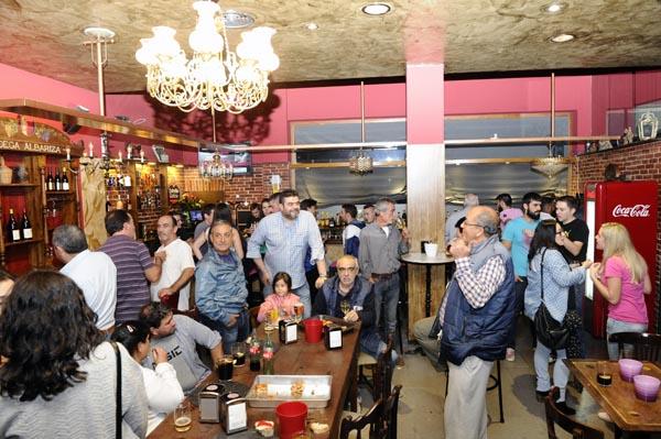 Photo of Reapertura do café-bar Luna's na Rúa
