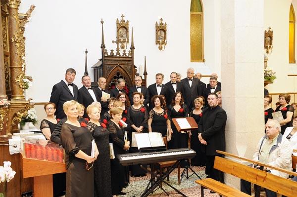 """Photo of O Orfeón canta a """"Misa Valdeorras"""" na igrexa de San Mauro do Barco"""
