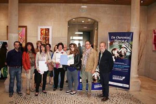 Grupo de premiados e representantes da Federación de Comercio de Ouresne.