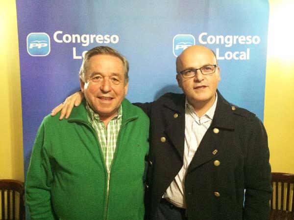 O presidente electo do PP de Montederramo, con presidente provincial do partido, Manuel Baltar.