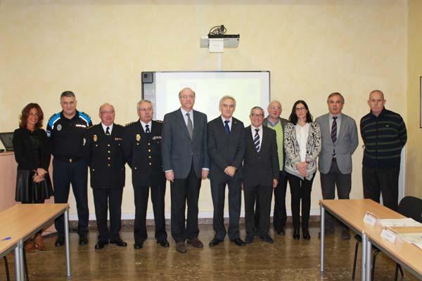 Os participantes na reunión, que foi co-presidida polo subdelegado do Goberno e polo alcalde de Ourense.