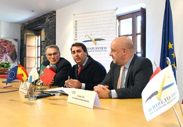 Photo of O Eixo Atlántico apoiará o recoñecemento do Camiño de Inverno