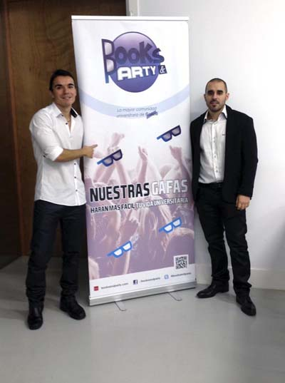 Javier Ramón e o barquense David Rguez., promotores de Books&Party. Abaixo imaxe deste portal web.