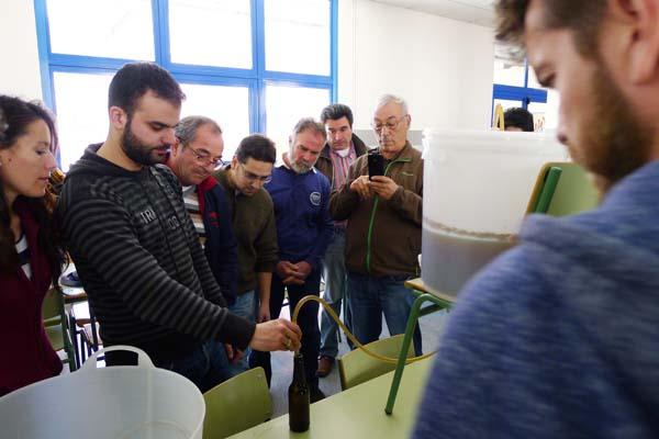 Photo of Embotellado e catas, no obradoiro de cervexa artesá do Barco