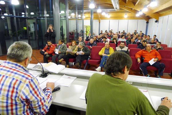 A xornada impartíase na tarde do 26 de marzo no edificio multiusos do Barco. Foto: Ángeles Rodríguez.