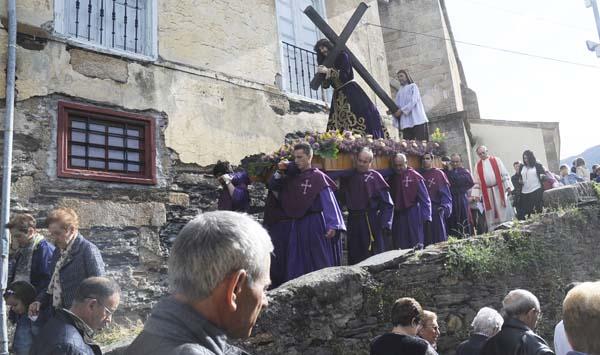 Photo of A Semana Santa na parroquia de Santo Estevo da Rúa, en imaxes