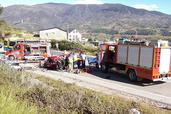 Photo of Oito feridos nun accidente de tráfico na Rúa