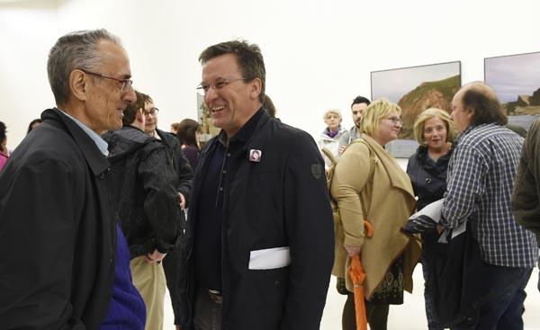 O portavoz nacional do BNG, Xavier Vence, con Alfredo Suárez Canal, na presentación da candidatura./ Foto: Carlos G. Hervella.