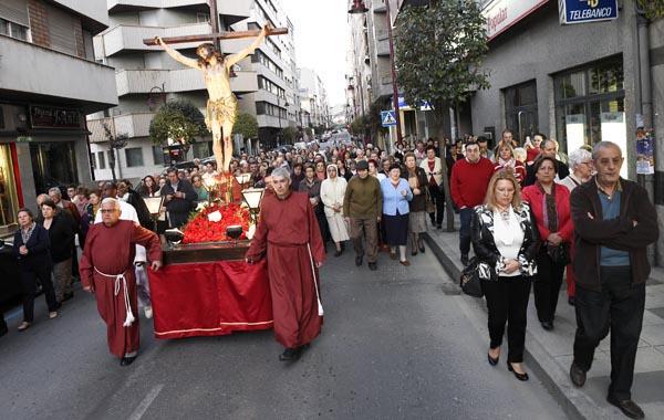 Photo of O Cristo dos Ferroviarios percorre O Barco