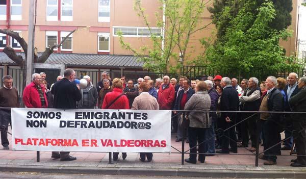 Photo of Seguen as mobilizacións dos emigrantes retornados no Barco