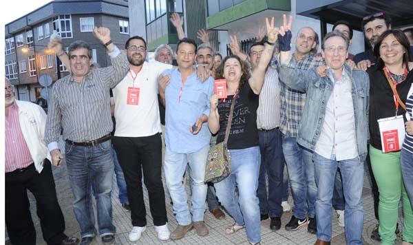 Photo of O PSOE de Vilamartín consegue a maioría absoluta