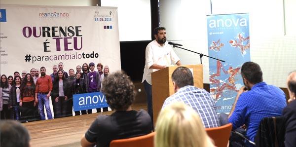 Lito Prado pechaba o turno de intervencións neste acto./ Foto: Carlos G. Hervella.