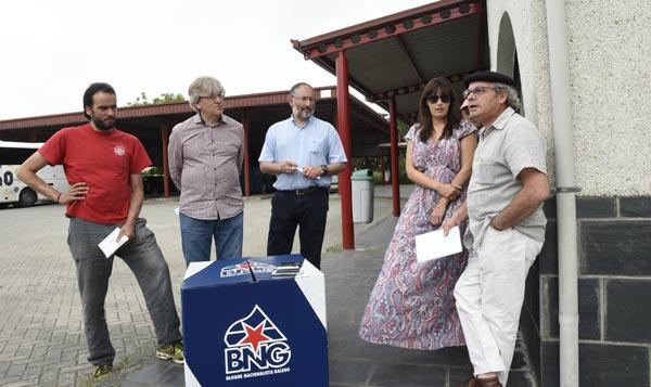 Neste encontro cos medios participaban os cabezas de lista do BNG no Barco, A Rúa, Vilamartín e Rubiá./ Foto: Carlos G. Hervella.