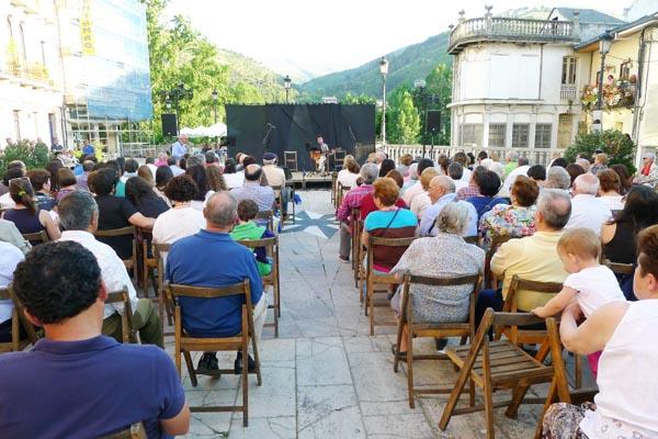 Photo of Música e literatura para festexar as Letras Galegas, no Barco