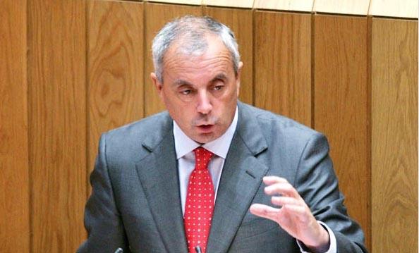 Photo of Pachi Vázquez renuncia ao seu escano no Parlamento galego