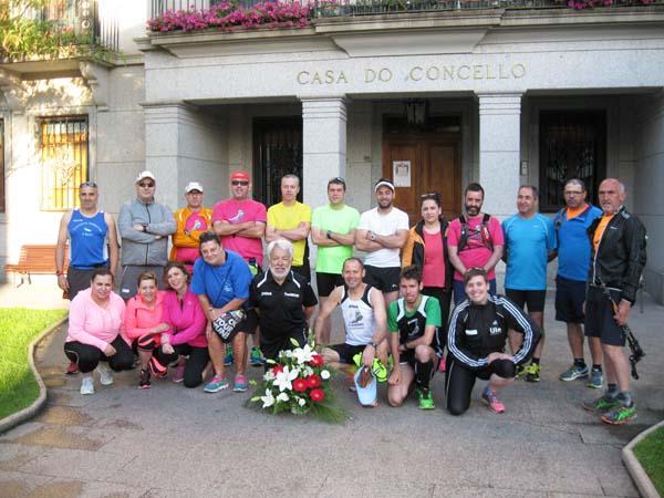 Os participantes nesta carreira-romaría, no Concello do Barco./ Foto: Trotadas Valdeorras.