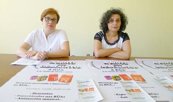 A representante do comercio na Rúa, Patricia Alonso e a xerente de AEVA, Luisa López. /Foto: Mónica G. Bellver.