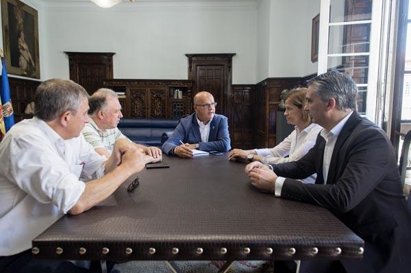 """Photo of Deputación e consellos apostan por crear o """"Clúster do Viño de Ourense"""""""