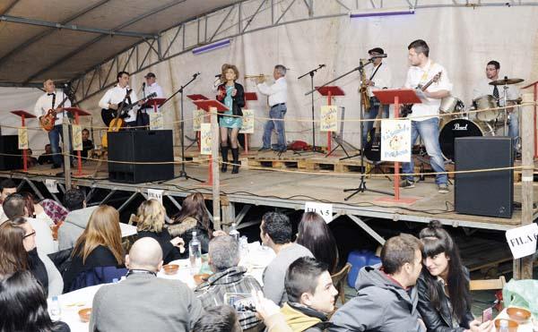 Photo of A Sonora Petinesa abre as festas de Petín