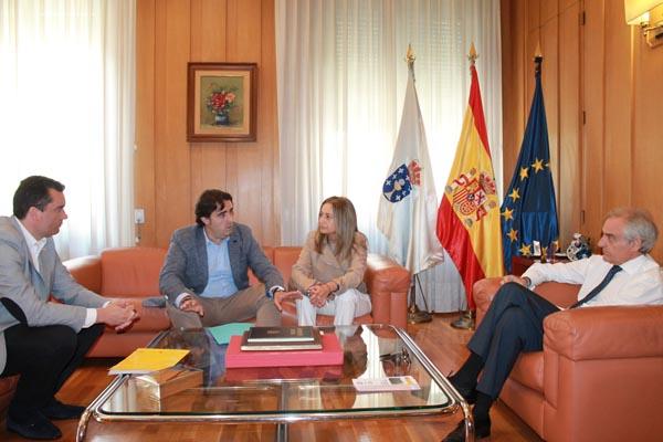 Reunión do subdelegado do Goberno, Roberto Castro, cos edís ourensáns de Servizos Xerais e de Benestar Social.