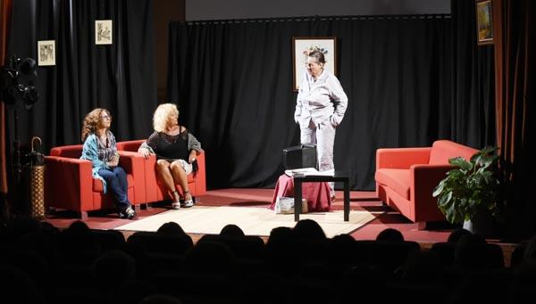 Outra escea da obra interpretada por Candea./ Foto: Carlos G. Hervella.