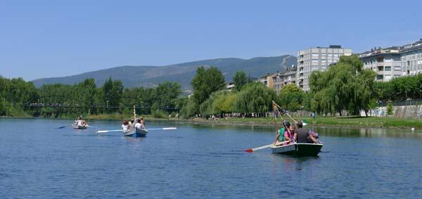 Photo of As barcas surcan o río Sil
