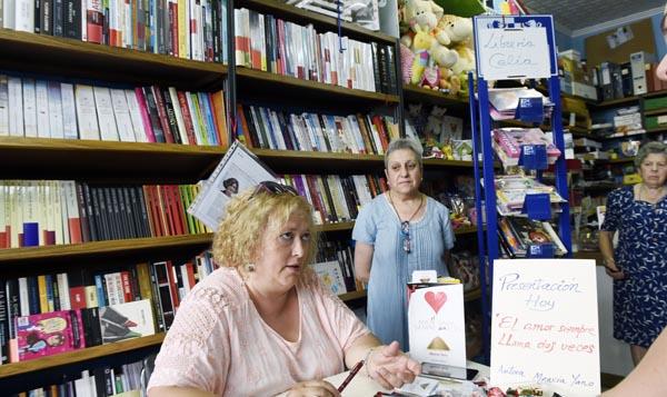 Photo of Mencía Yano presenta o seu último libro en Quiroga