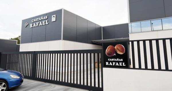 Photo of Castañas Rafael estrea instalacións no polígono de Rubiá